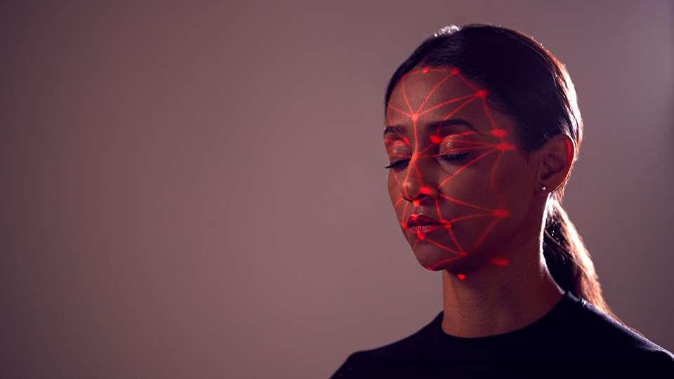 Cómo evitar que un sistema de reconocimiento facial nos identifique