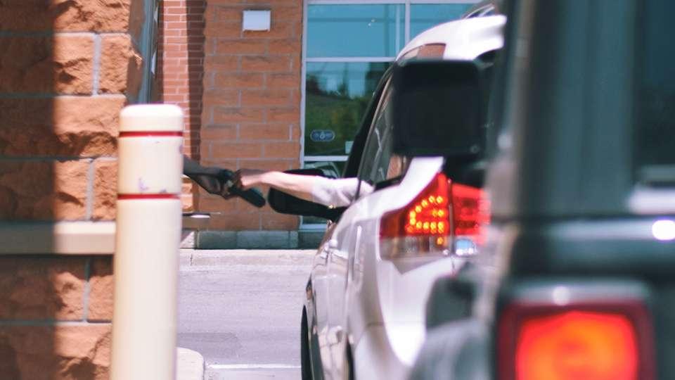 Cómo la tecnología está mejorando los Drive-Thru de McDonalds